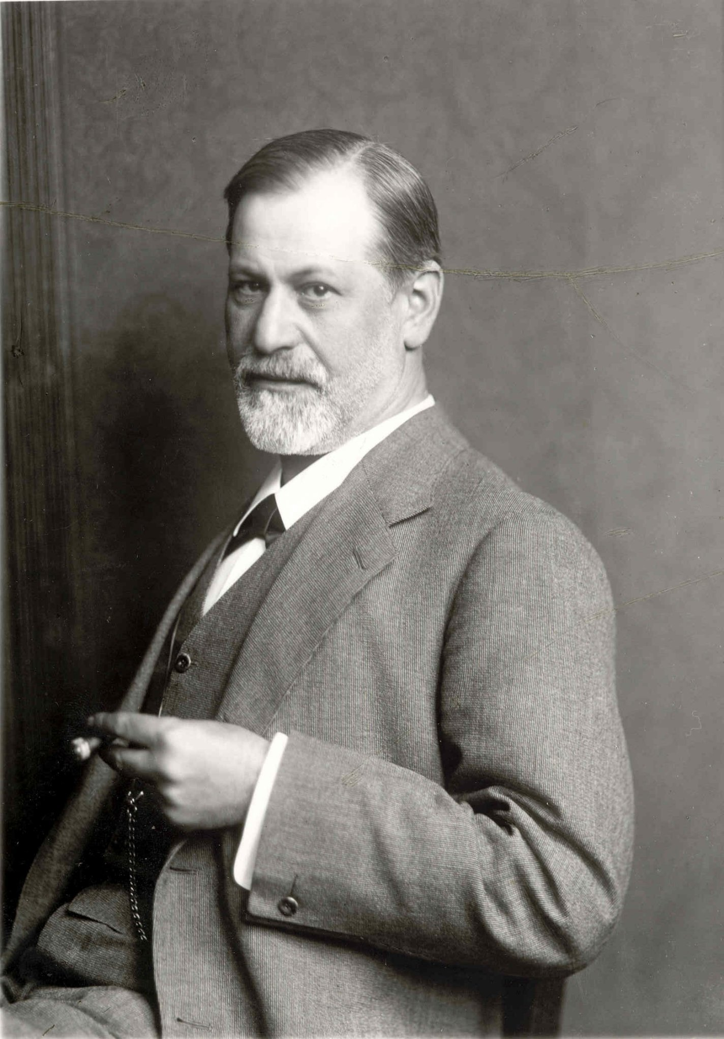 an analysis of the freuds research on the subconscious This chapter outlines freud's conceptions of the mind and focuses on his  understanding of consciousness and perception and of the unconscious mind.